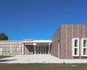 Fassade Keramik Casalgrande SchuleMassalegno-1